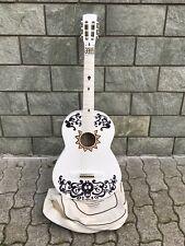 chitarra coco. costume di carnevale