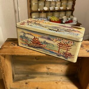 Vintage Jacob & Co. Crackers / Biscuits Tin – Oriental Scene – Blossom / Pagoda