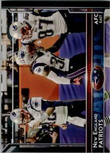 2015 Topps #264 New England Patriots w/ Rob Gronkowski/Tom Brady