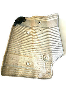 2004-2008 ACURA TSX HONDA OEM GENUINE EXHAUST MUFFLER FLOOR HEAT SHIELD RIGHT