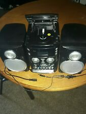 Boombox portable cd player with fm am radio