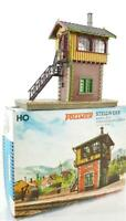 VERY WELL MADE VINTAGE VOLLMER 5731 HO - SIGNAL BOX TOWER
