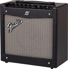 """Fender 2300100000 Mustang I V.2 1x8"""" 20-Watt Combo Guitar Amplifier"""