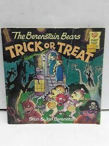The Berenstain Bears Trick or Treat [First time Books]