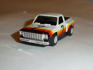 TYCO HTF #7 CHEVY PICKUP HO SLOT ON HP-7 CHASSIS EXCELLENT CONDITION RARE LQQK!!