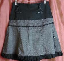 NYC Tripp Skirt sz XS Blk w/Wht Polka Dots,buckles, ruffle trim $27.00