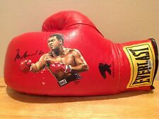 (SSG) MUHAMMAD ALI Signed Everlast Boxing Glove with BAS/Becket Full Letter COA