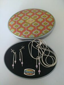 Fossil 925er Sterling Silber Schmuck Set Ohrhänger und Kette, pinker Zirkonia