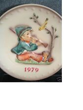 Hummel Goebel 1979 Singing Lesson Boy Horn Bird Annual Plate Mib