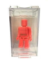 Kubrick 100 Pantone Orange Q930-6-2 New Sealed Plastic Display Box Medicom