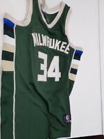 Nike Milwaukee Bucks Giannis Antetokounmpo #34 Swingman Basketball NBA Jersey L