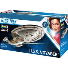 Revell Star Trek U.S.S. Voyager Model Kit - Scale 1:670 - 04992