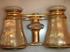 BEAUTIFUL PAIR OF ANTIQUE EDWARDIAN GILT METAL & MOTHER OF PEARL CASED OPERA GLA