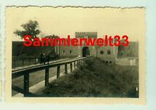 2 x Foto deutsche Soldaten LUBLIN  Waffenfabrik/ POLEN 1939 !!! TOP !!    D440
