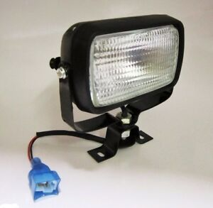 NEW TRACTORS SPOT LAMP/LIGHT WITH BULB