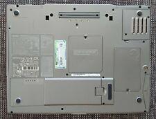 Dell Inspiron 8600 1920x1200 1,8Ghz 1,5GBRAM Radeon WinXP 40GB + Docking PR01X
