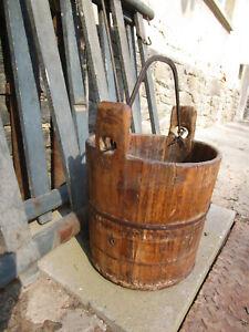 Alter Holzeimer Brunneneimer Eimer aus Holz Wassereimer Eisenhenkel Eisenring