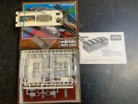 Marklin spur z scale/gauge Engine Shed Kit. Electric Doors.