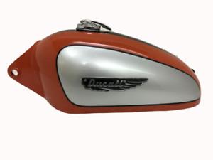 Neuf DUCATI 350CC SCRAMBLER Argent, Orange & Noir Petrol Tank + Badge Casquette