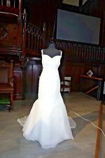 ELEGANT WEDDING GOWN (MARK LESLEY) IVORY 14 MERMAID  SWEETHEART NECK 7031 (1)