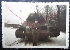 original  Foto Panzer Attrappe  T 34 mit Markierung