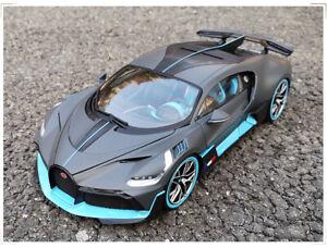Bburago 1:18 Diecast Alloy Car Model Men collection For Bugatti Chiron Divo