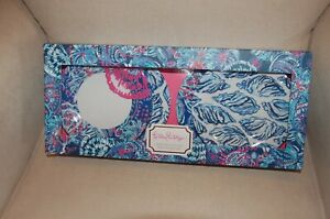Brand New LILLY PULITZER Gypsea Girl 4 Piece Melamine Appetizer Plate Set