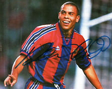 RONALDO IN BARCELONA STRIP HAND SIGNED COLOUR MAGAZINE PICTURE 8 x 6.5
