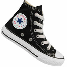 boys with converse shoes