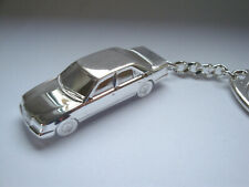 Schlüsselanhänger Mercedes W124 Limousine. versilbert  5064