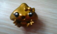 MOSHI MONSTER SERIES 1 SPECIAL GOLD KISSY FIGURE.