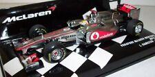Véhicules miniatures rouges en acier embouti pour Mercedes