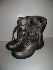 KHOMBU Size 6 M  WOMEN WINTER BOOTS SNOW SHOES GRAY SILVER CUTE