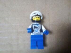 Lego Mini Figure Ski Helmet with Oxygen Bottles Visor