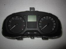 Skoda Praktik Roomster Fabia II Bj 2012 1,2L Tacho Tachometer 5J0920801E