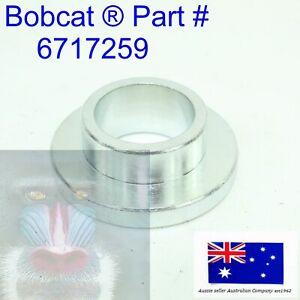 Weld On Outer Pivot Pin Bush fits Bobcat Bobtach 6717259 T190 T250 T300 T320