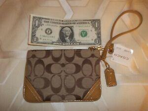 NEW Coach Signature C wristlet Strap bag Handbag Wallet
