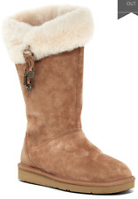 UGG Plumdale Women's Charm Suede Boot Size 6 Chestnut Model 1006710 W /CHE