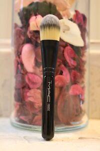 Mac Mini/travel size 190se foundation brush Limited edition black handle