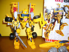 TRANSFORMERS CONSTRUCT BOTS 3in1 BUMBLEBEE 69 Teile Hasbro TOP Zustand in OVP