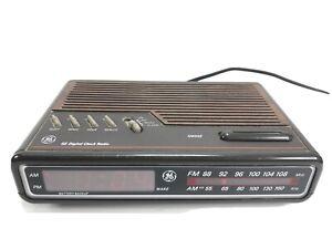 Vintage General Electric GE Digital Clock Radio 7-4612A Alarm AM/FM Radio Tested