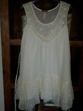 LIPSY LONDON WHITE SEXY DRESS SIZE 8