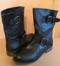 Steve Madden~7.5~Black Leather Boots~Buckle~Zipper