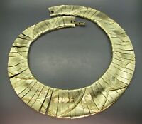 VTG HEAVY Gold Tone TEXTURED CLEOPATRA COLLAR NECKLACE Egyptian Revival RUNWAY
