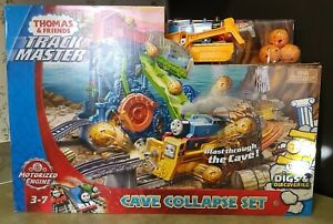 THOMAS AND FRIENDS TRACK MASTER CAVE COLLAPSE SET