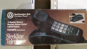 Vintage Southwestern Bell Freedom Phone Mdl FC2548FG Forest Green