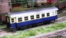 C-6 Very Good Graded Plastic HO Scale Model Train Carriages