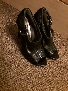 Fiore Black leather strappy gladiator style sandals size uk 6