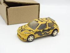 Provence Moulage Kit Monté SB 1/43 - Renault Clio Maxi