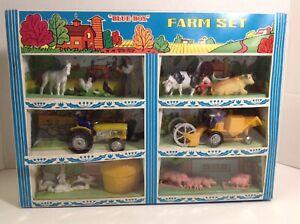 RARE-Vintage 1970 Blue box International IH Farm Set  In Nice Shape